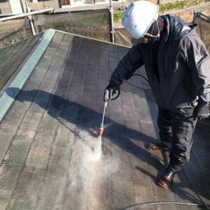岡山県笠岡市 屋根塗装 高圧洗浄 タスペーサー設置(縁切り) (2)