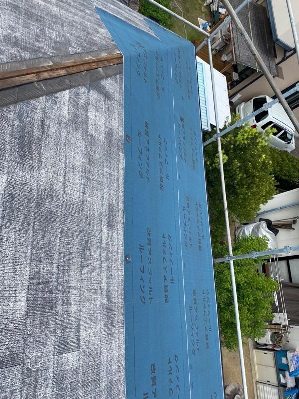 岡山県浅口郡里庄町 屋根重ね葺き工事(カバー工法) ルーフィング ガルバリウム鋼板 屋根の構造 (2)